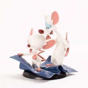 Pinky and the Brain Q-Fig Колекционерска Фигурка Taking Over The World 10 cm